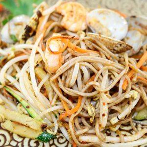 hisyou ristorante di sushi take away consegna a domicilio - primi spaghetti soba con misto mare